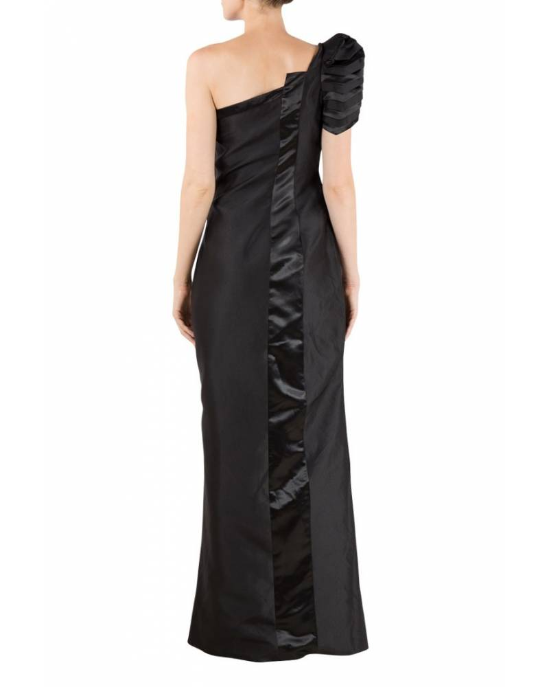 d09364df76cf ... Black silk structured gown with one shoulder pleated sleeve ...